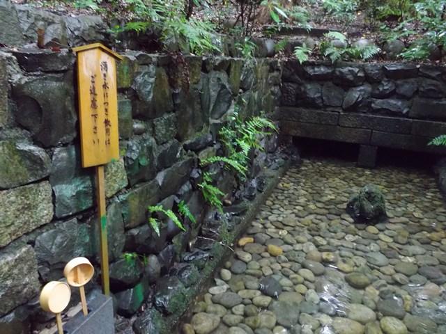 清水社湧き水