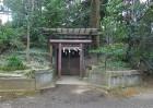 石神井公園、三宝寺池の穴弁天など
