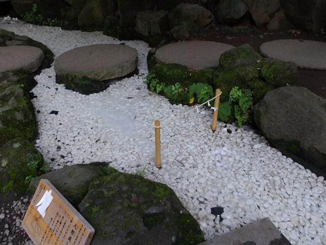 氷川神社、人形流し