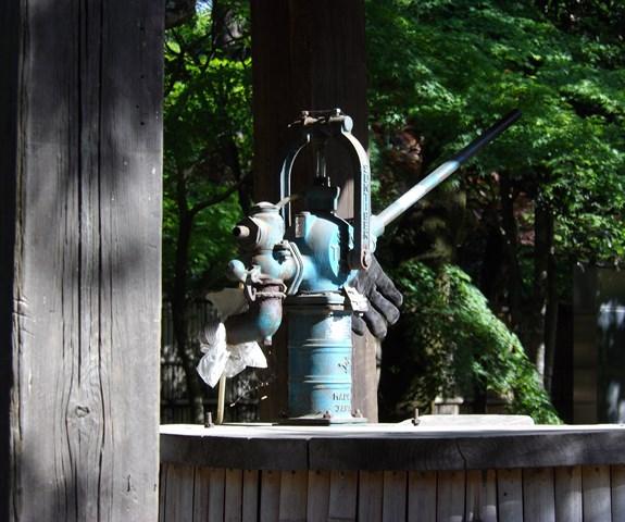 平林寺境内の井戸