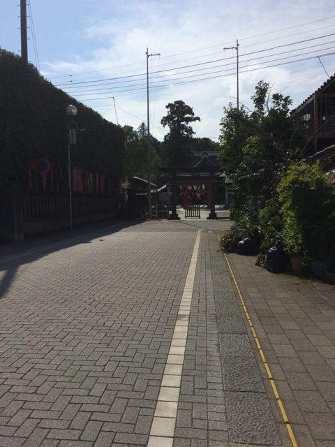 箭弓神社参道