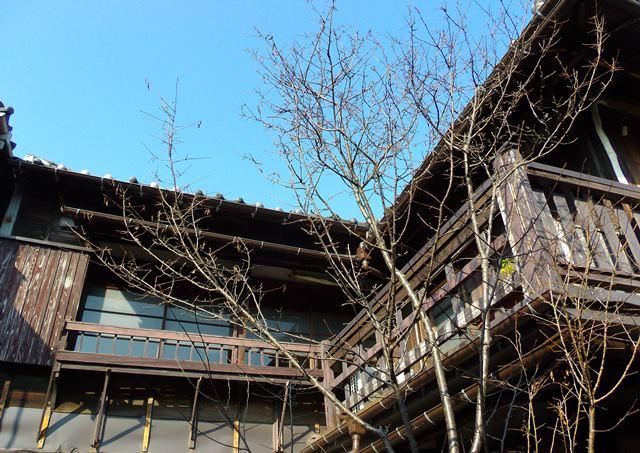 上野桜木あたり2階建て