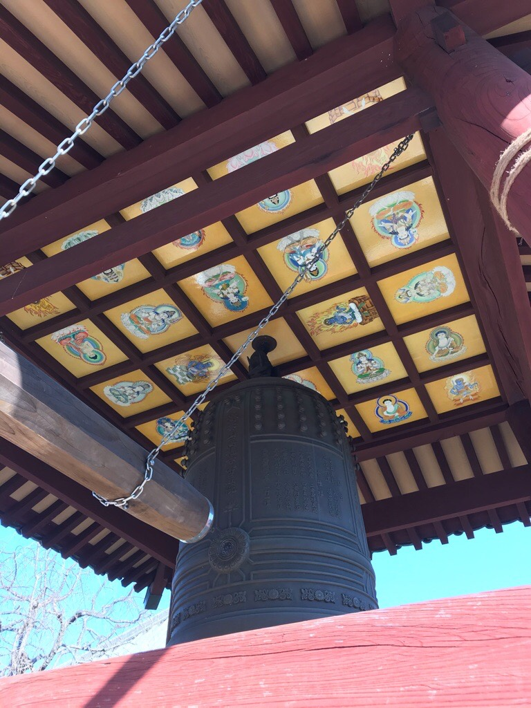 鐘の天井画